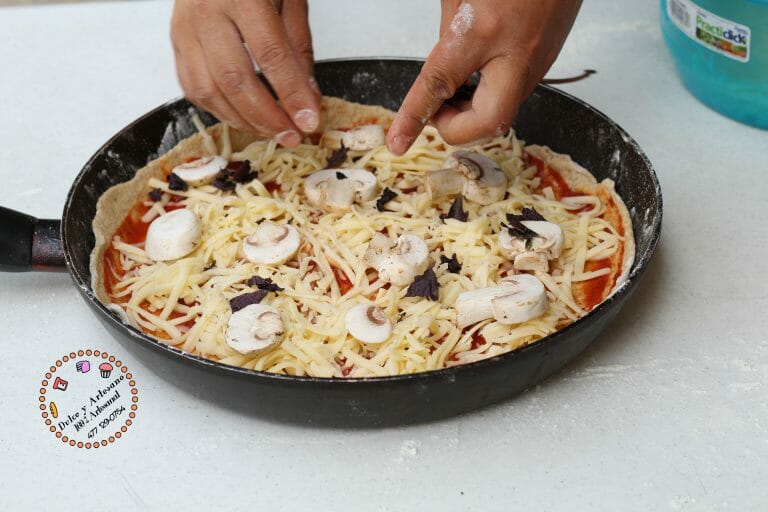queso PIZZA ESPECIADA AL SARTEN19 copy