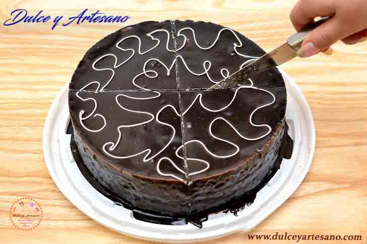 corta pastel